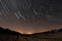 Filé d'étoiles sur Camaret sur Aigues
